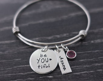 Be you tiful  / Wire Bangle Bracelet / Name bracelet / Personalized / Hand Stamped / Charm Bracelet