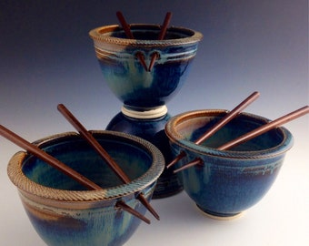 IN_STOCK Ships Same or Next Day Set of 4 Rice / Noodle bowls - Blue