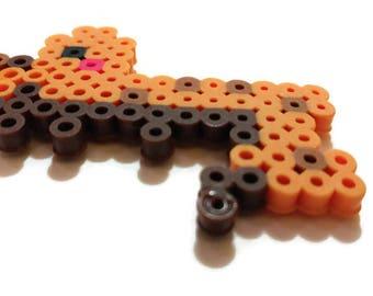 Cute, small Giraffe animal magnet