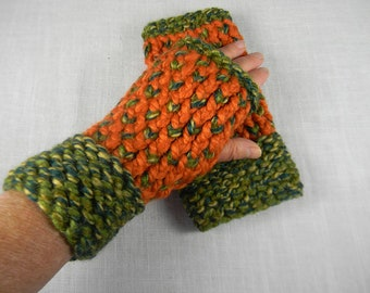 Wrist Warmers, Hand Knit Fingerless Gloves, Hand Knit Fingerless Mittens, Texting Gloves, Texting Mittens, Hand Warmers, Gauntlets