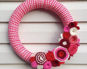 Valentine Wreath - Valentine's Day Wreath - Houndstooth Wreath - Felt Flower Wreath - Valentine Felt Wreath - Red Valentine Wreath - Wreath