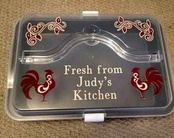 Rooster-Themed Cake Pan with Cover