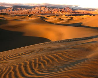 Stovepipe Dunes - Death Valley - California