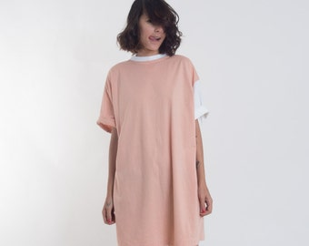 Oversized T Shirt Dress in One-Size // Casual Mini Day Dress
