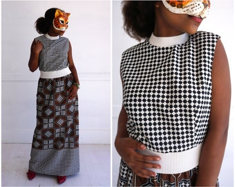 Vintage 70's Black, White & Brown Geometric Patterned Sleeveless Sheath Dress | Small