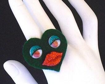 Green Sweet Heart Ring (Funky Felt Flowers Cocktail Ring)