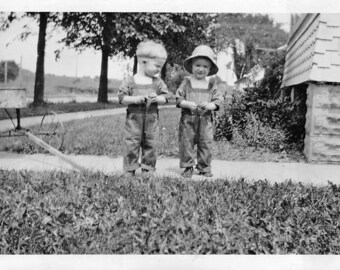 Vintage photo twin toddler boys posing with antique wagon   dated August 1926 on back