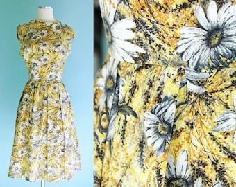 1960s Yellow and White Daisy Print Fit and Flare Dress // 60s Floral Print Spring Summer Dress with Pleated Skirt