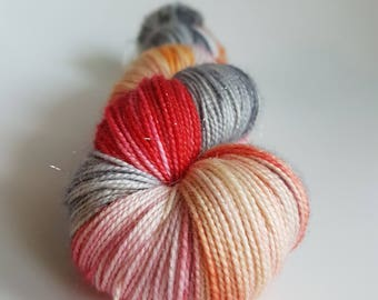 Skein of Superwash Merino - Nylon - Stellina / hand dyed / Fingering - Sock - colours recall