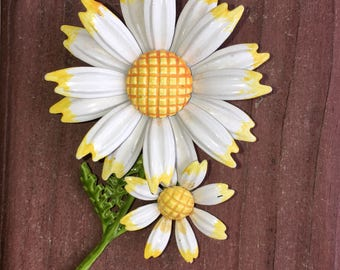 Vintage Enamel White and Yellow Daisy Flower Brooch