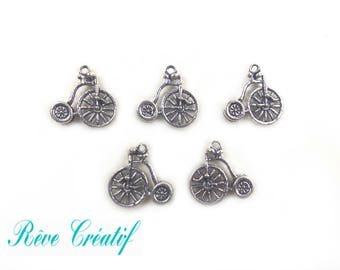 Pendants bike charm bicycle, cycling, 17mm, thickness 2mm, hole 2mm, silver, 10 pieces