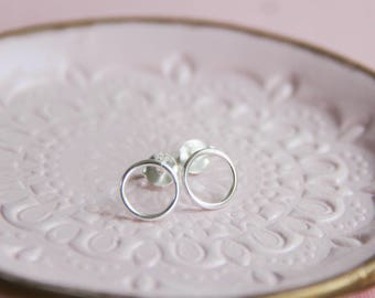 Silver Circle Stud Earring