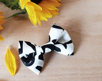Doodle black and White abstract Bow Tie - Pin back brooch - baby, toddler, boys
