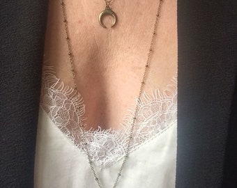 Necklace bronze chain