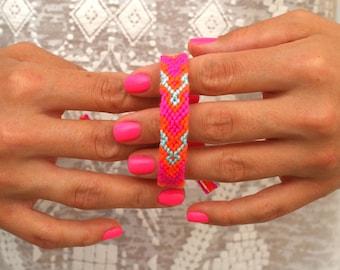 Friendship Bracelet. All About Pink.