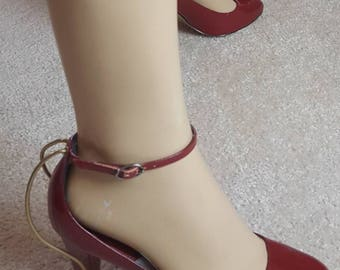 Stunning Patent Leather Anklestraps size 38
