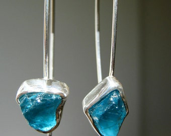 Dangle Rough Teal Blue Apatite Earrings - Sterling Silver - Handmade by Metalmorphoz