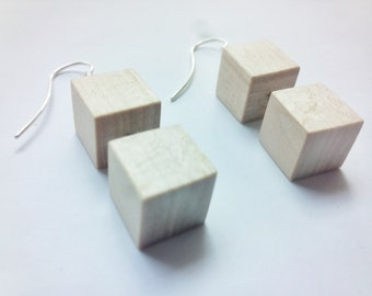 Earrings in Linden wood