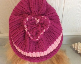 Acrylic Pink Hat woman with a pretty heart