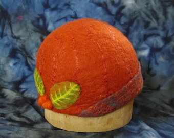 Rust felted berry hat