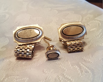 Pat Pend USA gold tone cufflinks with matching tie  tac.