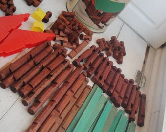 1960s Vintage Lincoln Logs Playskool Building Toy 93 Pieces