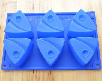 6-Fish Triangle Cake Mold bakeware Silicone mold Soap Mould Candle mold jello molds DIY Fimo Resin Crafts mold bath bomb mold soap making