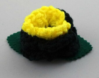 Crocheted Rose Hair Clip - Black and Yellow (SWG-HC-HEBM01)