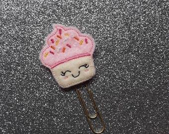 Cutest Kawaii Cupcake.  Planner Feltie Clip.  Paperclip.  Felt Clip. Planner Gifts.  Stationery.