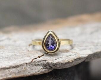 Iolite & 14k Gold Granule Ring