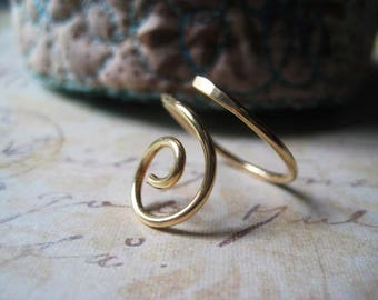 Swirl Ring, Gold Filled Wire, Gold Ring, Signature Swirl, candies64