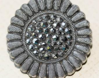 Black Glass Sunflower Button
