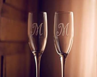Champagne Flutes, Wedding Toasting Flutes, Mr Mrs Personalized