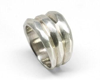 Silver Tres Montañas Ring