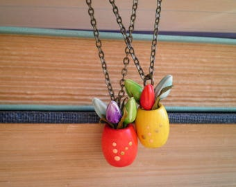 Potted Plant Necklace - Mini Flowers Boho Charm Necklace - Miniature Tulips Bohemian Flower Pot Jewelry Gift, Tiny Tulip Floral House Plants