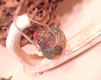 Small Tibetan snuff bottle -- perfume bottle pendant --  silver with stone inlay -- FREE SHIPPING SALE