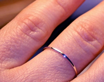 Very Thin Rose Gold Band/ thin Wedding Band/ Solid 14k pink Gold/ Fully Round/ Plain & Simple/ Skinny Dainty band/ 1mm wide/ Stacking ring