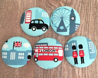 Fridge Magnet Set - London Icons Covered Magnets - Black Cab - Red Bus - Buckingham Palace - Beefeaters - London Eye - Houses of Parliment