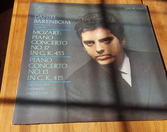 Daniel Barenboim Mozart Piano Concertos NOS 17 & 13 with the English Chamber Orchestra LP Record (1969) Angel S-36513