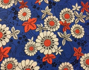 70s MOD Beaudacious, Bold Beauty//Linen Floral, Wht/Blk daisies w/Coral Star Leaves and Centers on Cobalt Bue Ground w/swooping black vines