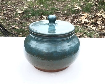 Emerald green pottery jar, multifunctional jar,  pottery cookie jar, soup pot, storage jar, lidded jar, housewarming gift, anniversary gift
