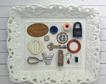 bITs KitS No041L-belt buckle, metal label, key, curtain clip, chicken cookie cutter, chandelier crystal, lock, metal type letter, clock face