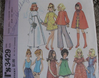 "Vintage 70's  **11 1/2"" Teen Doll Fashion Trousseau**  McCalls 3429  One Size"