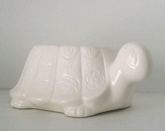 Ceramic Turtle Planter Tortoise Sponge Holder Vintage Design in White