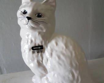 "Vintage ceramic / 6"" x 5 1/2"" / cat / cat figurine / pottery / from Guldkroken, Sweden"