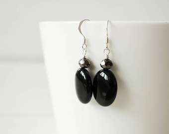 Oval onyx earrings minimalist black earrings large stone earrings black onyx earrings for women