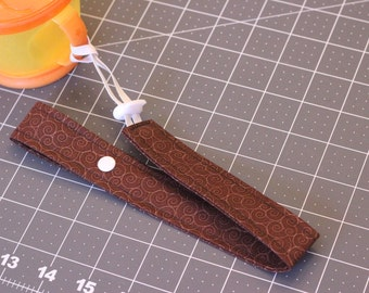 Bottle Strap With Elastic and Toggle End, Brown Sippy Cup Leash, Bottle Leash, Sippy Strap, Toy Leash, Snack Cup Leash Baby Shower Gift