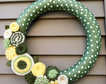 Spring Wreath - Summer Wreath -Easter Wreath - Felt Flower Wreath - Mother's Day Wreath - Spring Wreath - Polka Dot Wreath - Polka Dots