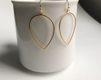 Gold long drop earrings, modern earrings, geometric earrings, geometric jewelry, mother's day gift, simple earrings