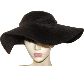 Vintage Faux Fur Hat, Film Noir Glam, Late 1930s to Early 1940s